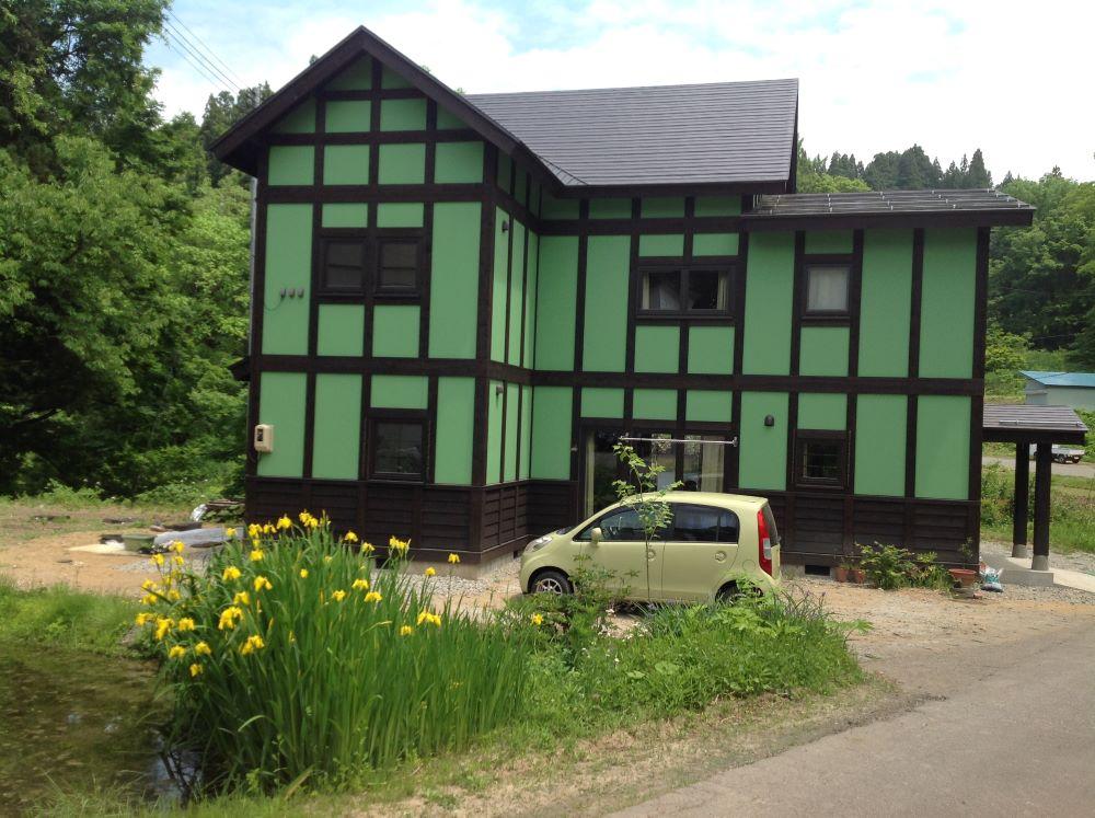 ドイツ人建築デザイナー、カール・ベンクスにより再生された【竹所シェアハウス】十日町市営住宅(お試し移住施設)